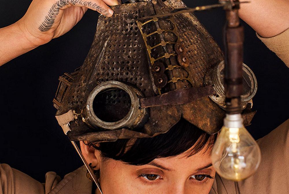 "BelloAbril * Theatre of Coincidences [AU] - ""The Pilgrim - Miniature Immersive Experience"" 1"