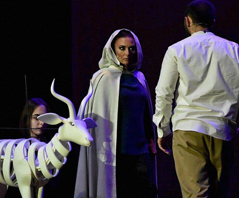 Aberta convocatória para narradora de ópera 3